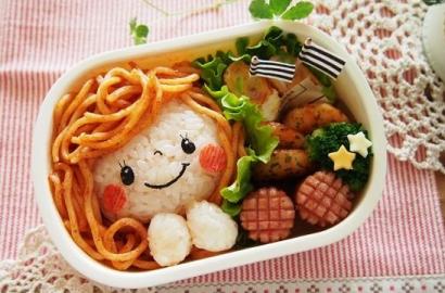 Kawaii-bento-box-ideas-tupper-japones-cute-food-fot-kids-party-kawaii-ideas-comida-cuqui-PiensaenChic-Piensa-en-Chic