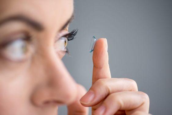 Lentillasadomicilio-blog-de-moda-ChicAdicta-influencer-lentes-de-contacto-PiensaenChic