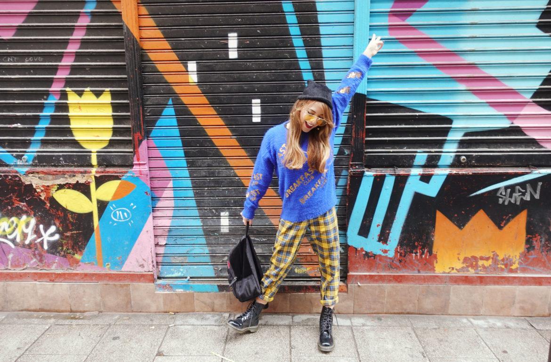 Fashionista-trends-fall-Chicadicta-influencer-madrid-blog-de-moda-malasana-arte-urbano-drmartens-look-Chic-adicta-Piensa-en-Chic