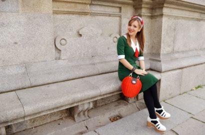 ChicAdicta-Chic-Adicta-blogger-de-moda-retro-loobook-vintage-style-pinup-girl-vestido-killing-couture-green-fall-outfit-look-verde-kling-accessories-PiensaenChic-Piensa-en-Chic