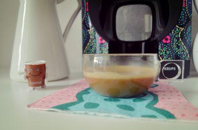 nescafe-dolce-gusto-oblo-custo-edicion-limitada-blog-de-moda-mejores-cafeteras-de-capsulas-fashionista-chicadicta-como-hacer-un-cafe-rapido-piensaenchic-piensa-en-chic